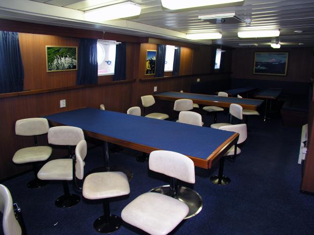 Recensione sulla nave russa a scafo rinforzato prof for Quali cabine sono disponibili sulle navi da crociera